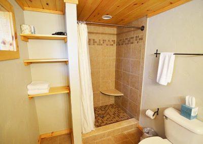2 Bedroom 2 Bathroom Lodging Near Cades Cove TN