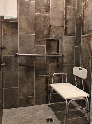 ADA Compliant Hotel Rooms in Townsend TN with Shower Chairs