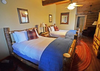 Twin Bed Accommodations Near Cades Cove