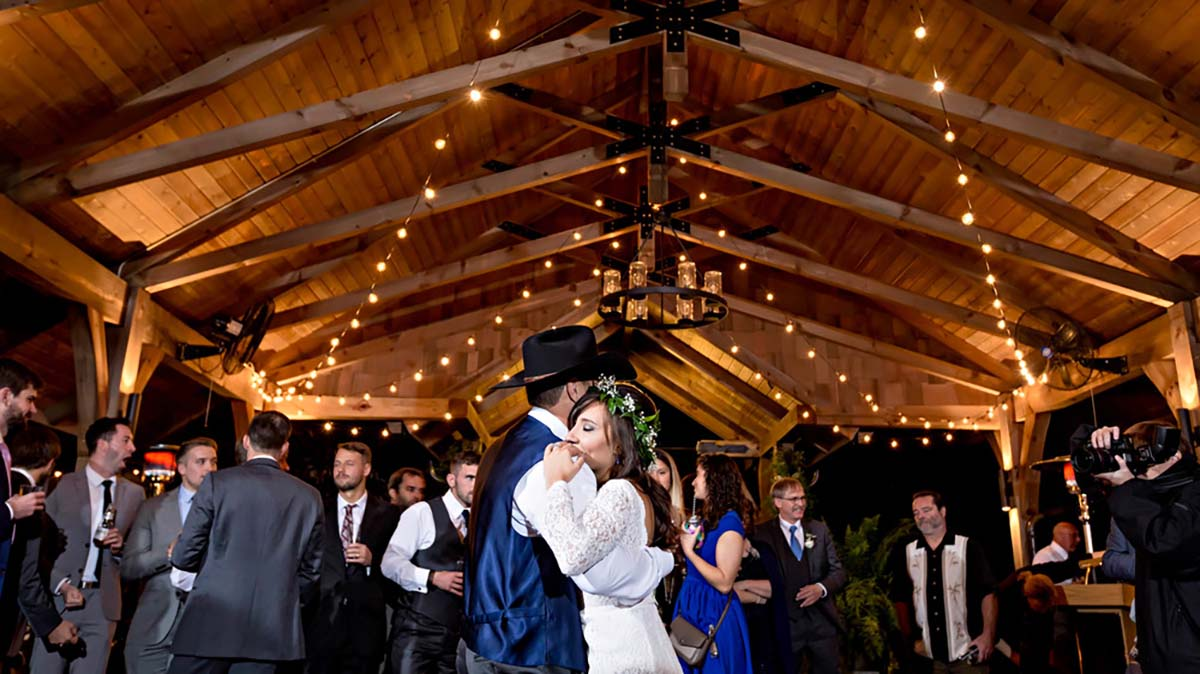 Great Smoky Mountain Wedding Venues in Townsend TN