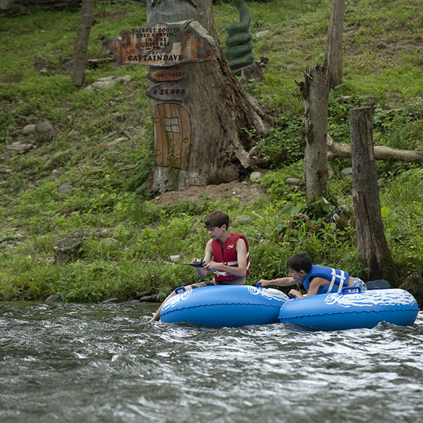 Tubing in Townsend Smoky Mountains