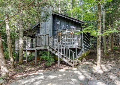 Meigs Trail Cabin Lodging